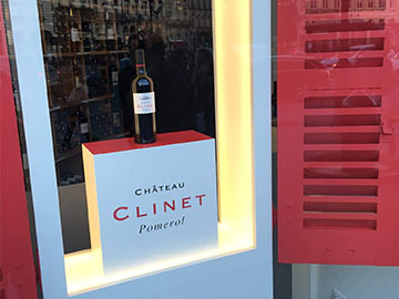Vitrine Boutique Clinet vin Bordeaux